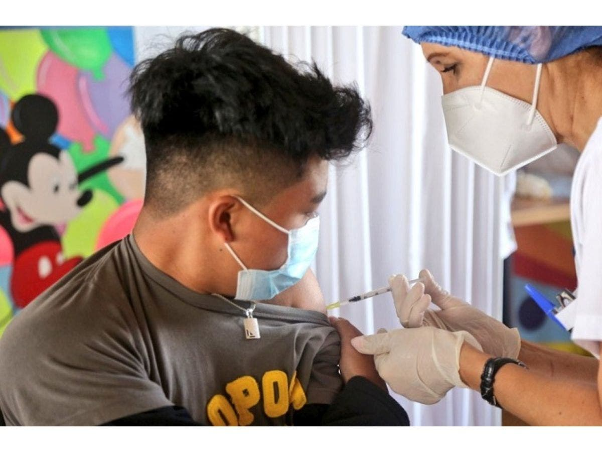 Ecuador Start Vaccination of Children Under 12 Years Old