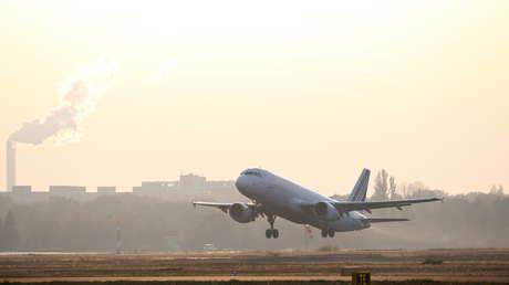 Revelan que dos aviones estuvieron a punto de estrellarse tras el despiste de un controlador aéreo en un aeropuerto de París